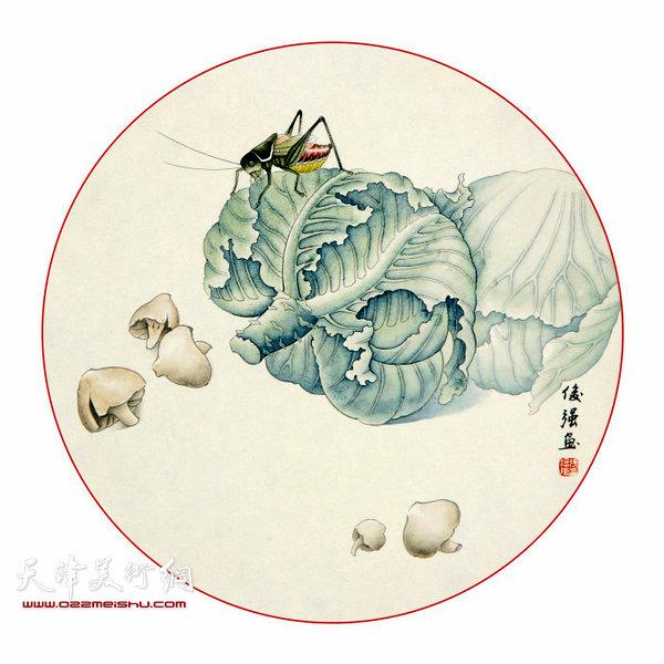 张俊强工笔画作品:《春明景和》  张俊强工笔画作品:《唯菊傲霜》  张俊强工笔画作品:《翠羽凝香》  张俊强工笔画作品:《千里共婵娟》 王炳学 大气艳丽的牡丹,清新淡雅的秋菊,栩栩如生的蝈蝈、蟋蟀、蜻蜓,在画面阐释着一种很古典的水墨之美。在展厅、在书房,张俊强的画都会给人眼前一亮的感觉。 以传统工笔见长的张俊强自幼喜爱画画儿,曾跟随张铭、胡月景先生学习泥人张古典彩塑艺术,早年彩塑作品《李清照》荣获天津市首届青年艺术作品展一等奖。后师从津门老一辈工笔花鸟名家郭鸿勋先生,研习古人翎毛花卉经典,在宋元院